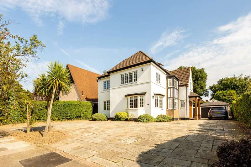 5 Bedrooms Detached House for sale in Whitecroft Way, Beckenham, BR3