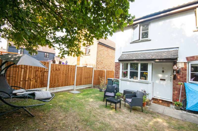1 Bedroom End Of Terrace House for sale in Hurrell Down, Boreham, Chelmsford, CM3