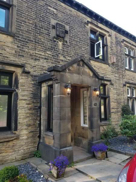 4 Bedrooms Semi Detached House for sale in Falinge Fold, Rochdale, Greater Manchester, OL12