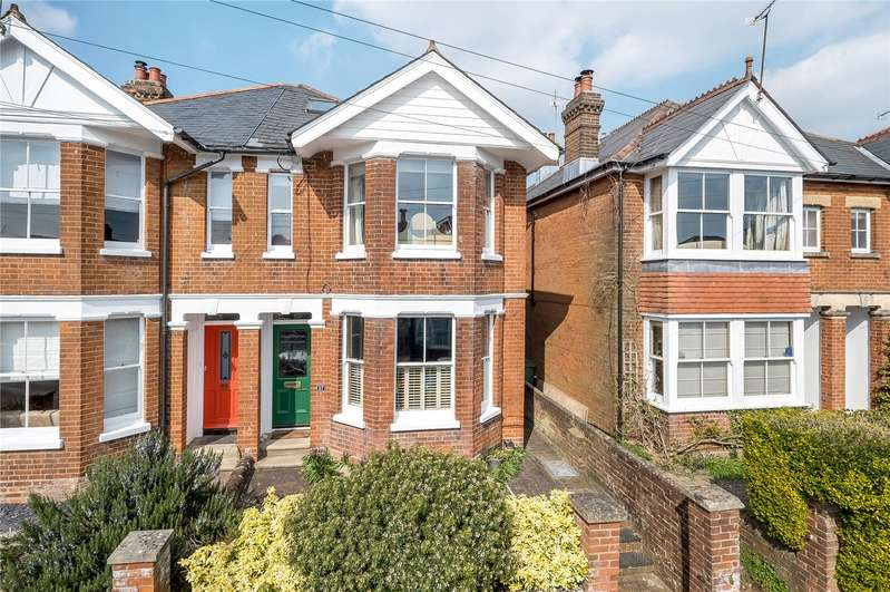 4 Bedrooms Semi Detached House for sale in Hatherley Road, Winchester, Hampshire, SO22