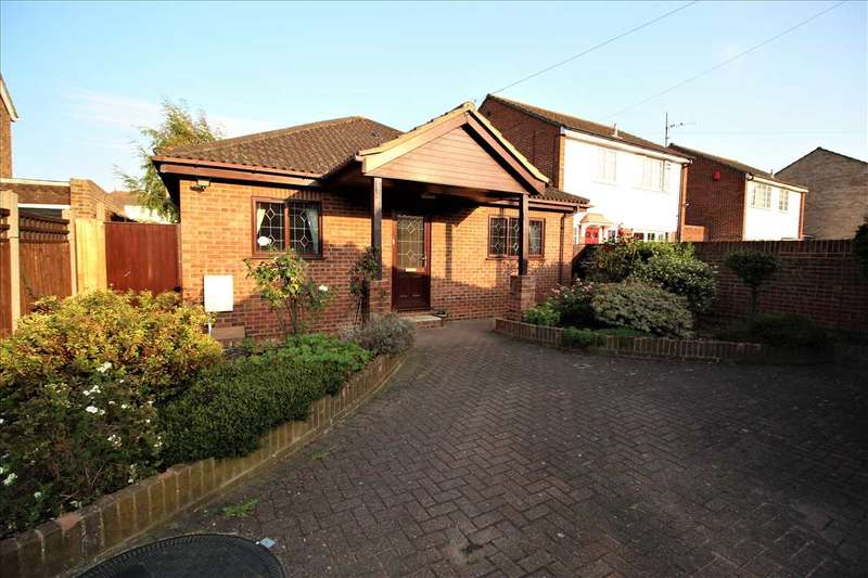 2 Bedrooms Bungalow for sale in Mayfields