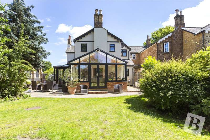 4 Bedrooms House for sale in The Green, North Road, Havering-Atte-Bower, Romford, RM4