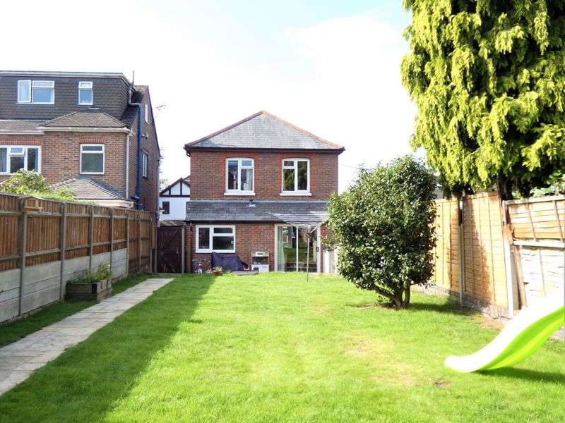 3 Bedrooms Property for sale in Viceroy Road Sholing, Southampton