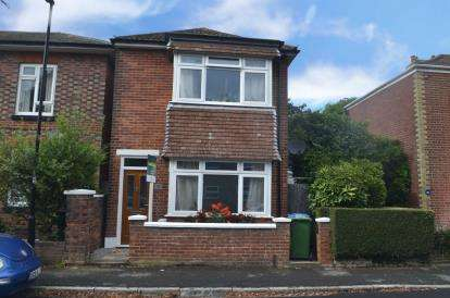 3 Bedrooms Detached House for sale in Southampton, Hampshire, .