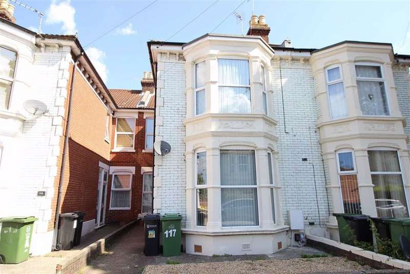 2 Bedrooms Flat for sale in Laburnum Grove, North End, Portsmouth