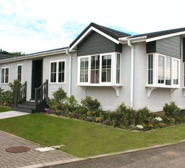 2 Bedrooms Mobile Home for sale in Residential Park Home for sale, Kings Park Village