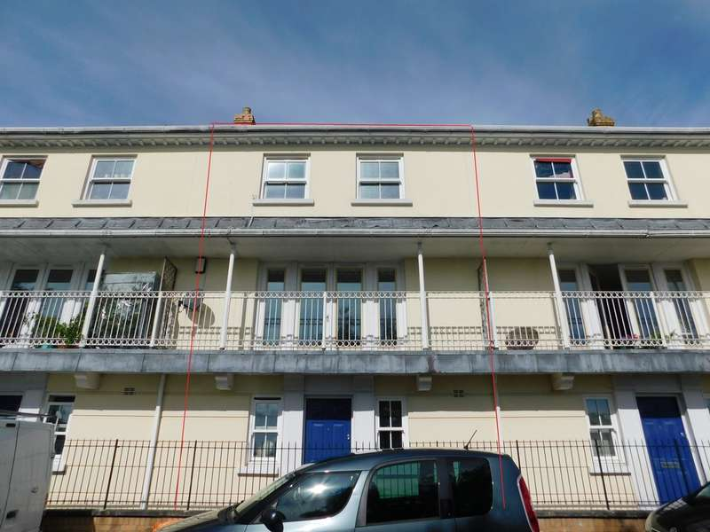 4 Bedrooms Terraced House for sale in The Green, St. Austell