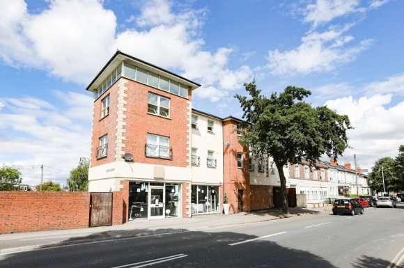 1 Bedroom Property for sale in Gloucester Road, Cheltenham, GL51