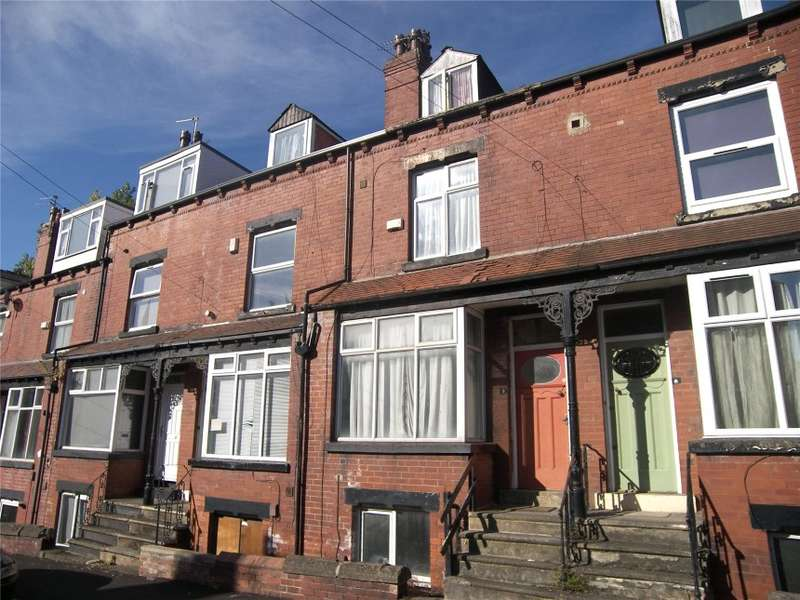 4 Bedrooms Terraced House for sale in 6 Village Place, Burley, Leeds