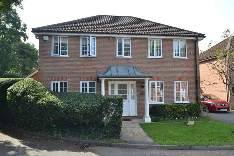 4 Bedrooms Detached House for sale in Washford Lane, Bordon, Hampshire, GU35