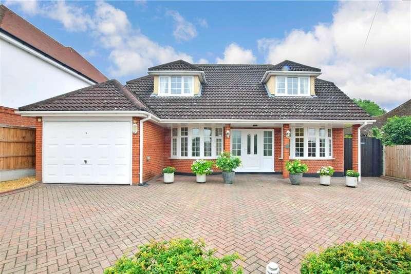 4 Bedrooms Detached House for sale in Downham Road, , Ramsden Heath, Billericay, Essex
