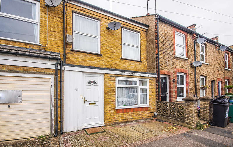 2 Bedrooms Terraced House for sale in Neal Street, Watford