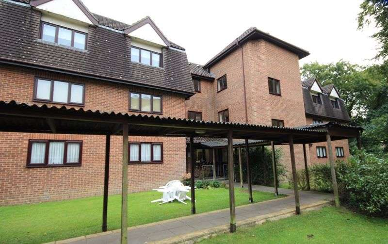 2 Bedrooms Property for sale in Beech Spinney, Lorne Road, Brentwood