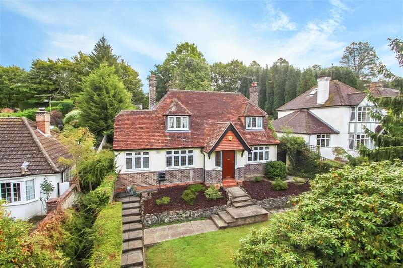 4 Bedrooms Detached House for sale in Hosey Hill, Westerham