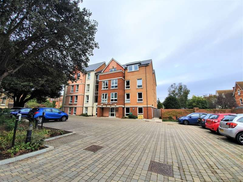 1 Bedroom Flat for sale in Turnbull Place, Ingles Road, Folkestone