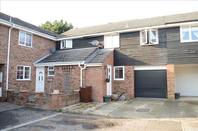 4 Bedrooms House for sale in Tythe Close, Chelmsford