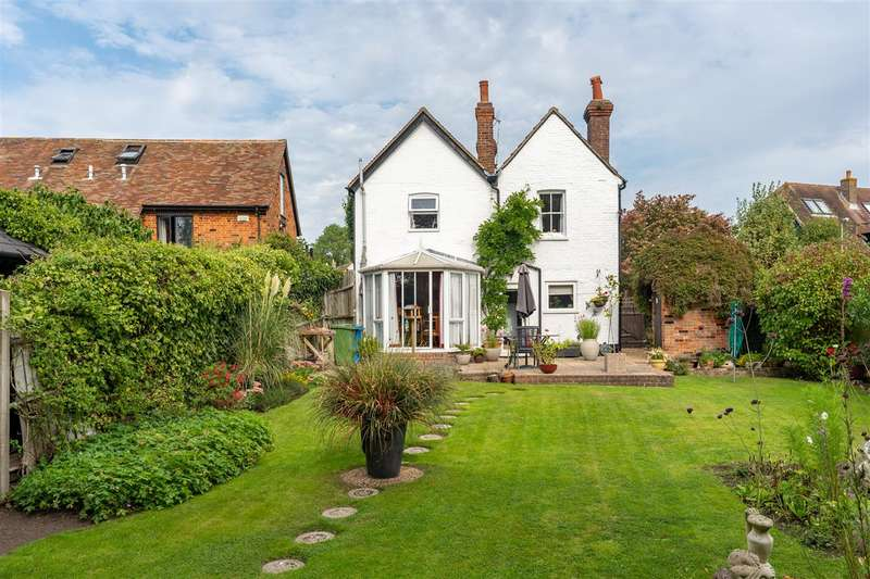 3 Bedrooms Detached House for sale in Chestnut Cottage, Colonels Lane, Boughton-under-Blean