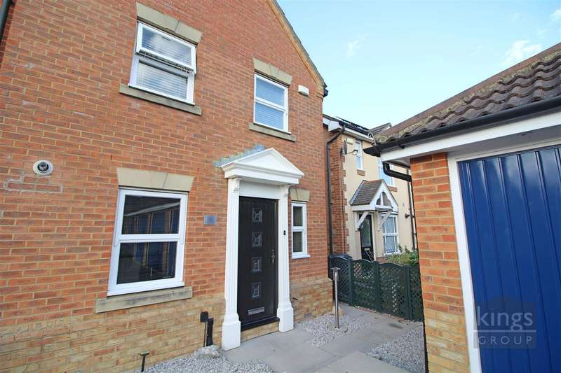 3 Bedrooms End Of Terrace House for sale in Doulton Close, Church Langley