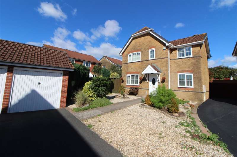 4 Bedrooms Detached House for sale in Peregrine Court, Undy