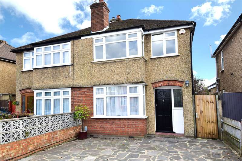 3 Bedrooms Semi Detached House for sale in Fuller Way, Croxley Green, Hertfordshire, WD3