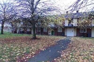 2 Bedrooms Flat for rent in Galsworthy Walk, Netherton, L30 9SL