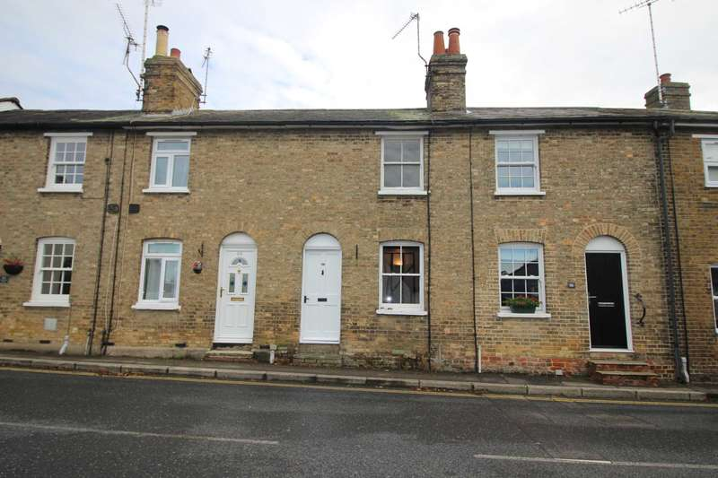 2 Bedrooms Terraced House for rent in Stoneham Street, Coggeshall