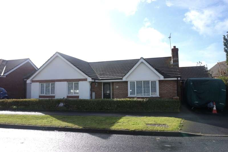 3 Bedrooms Detached Bungalow for sale in Old Roselyon Road, St. Blazey, Par, PL24