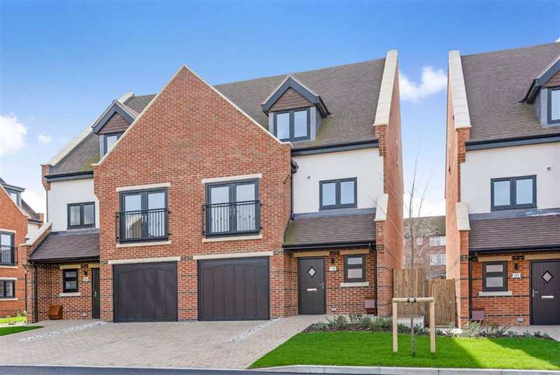 4 Bedrooms Semi Detached House for sale in Albertine Grove, West Wickham, Kent