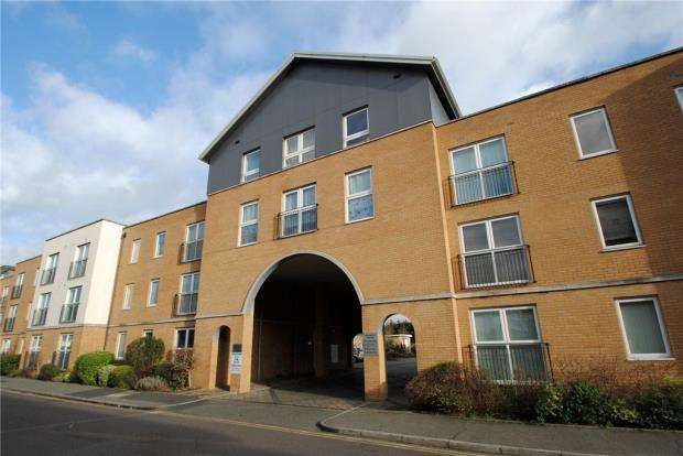 1 Bedroom Apartment Flat for sale in Vantage Court, 14 Kenway, Southend-on-Sea