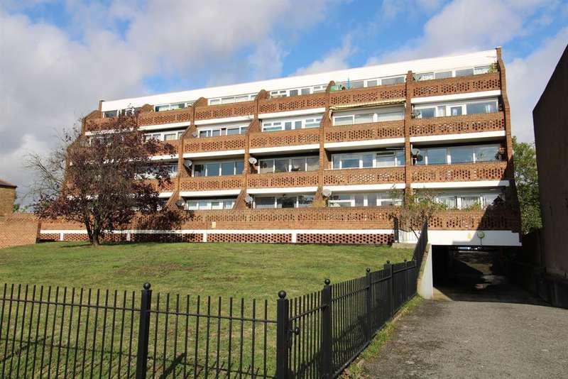 1 Bedroom Flat for sale in Sharnbrooke Close, Welling, Kent, DA16 1SL
