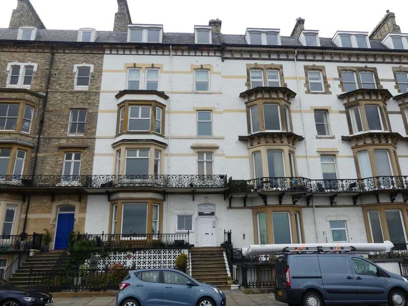 2 Bedrooms Flat for sale in Marine Parade, Saltburn By The Sea
