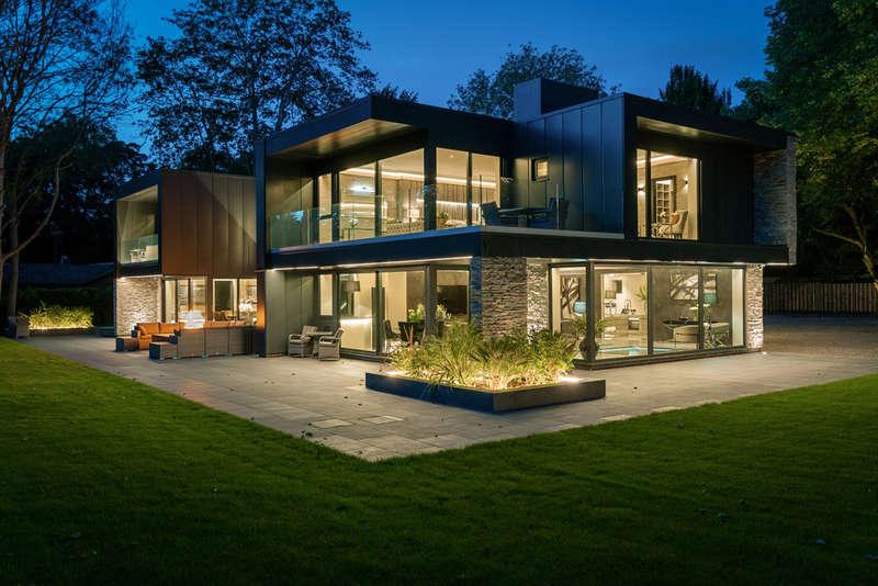5 Bedrooms Detached House for sale in Hall Lane, Colston Bassett, Nottingham