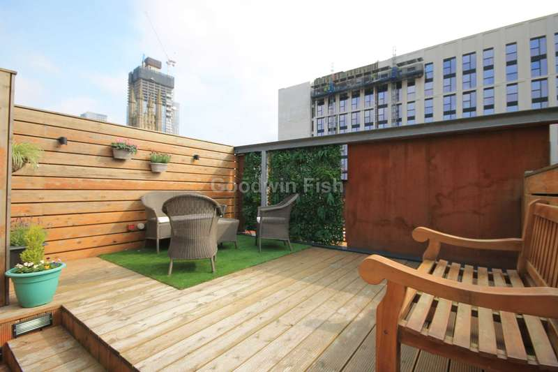3 Bedrooms Town House for sale in Roof Gardens, Ellesmere Street, Castlefield