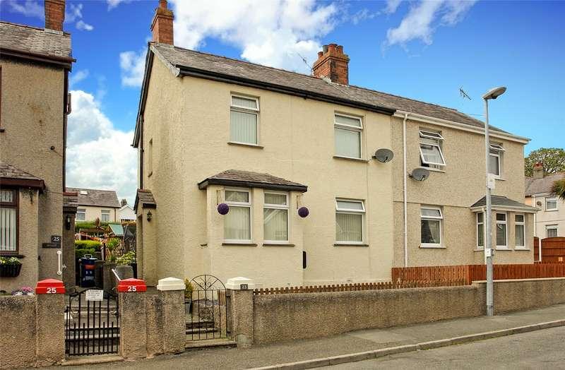 3 Bedrooms End Of Terrace House for sale in Y Glyn, Caernarfon, Gwynedd, LL55