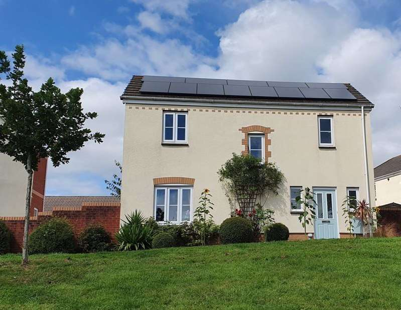 3 Bedrooms Property for sale in Raleigh Drive, Cullompton
