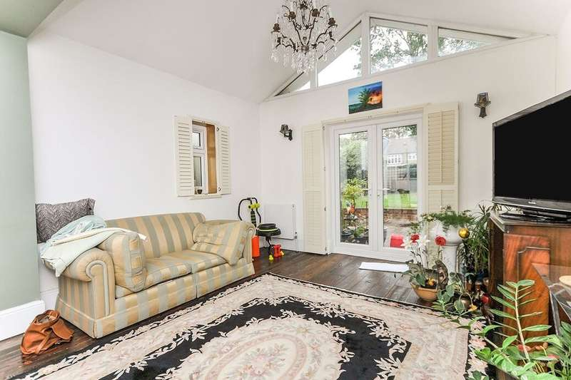 House Share for rent in Westmount Road, London, SE9