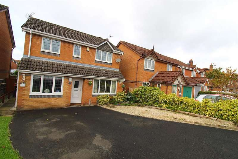 3 Bedrooms Detached House for sale in Rotherhead Close, Horwich, Bolton