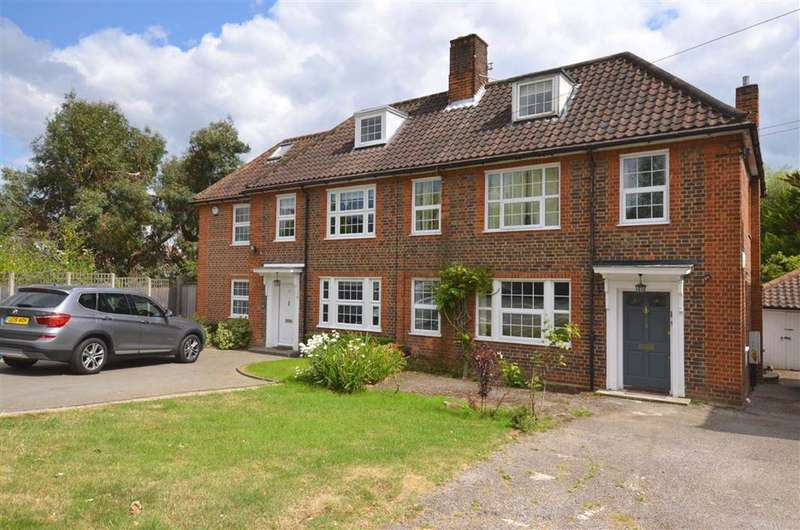 4 Bedrooms House for rent in Southway, Totteridge