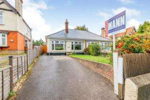 4 Bedrooms Bungalow for sale in Loose Road, Maidstone, Kent