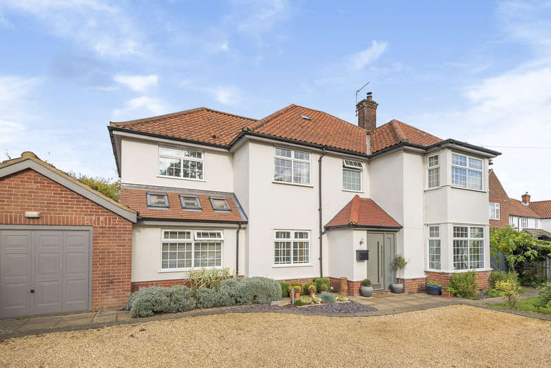 5 Bedrooms Detached House for sale in Eaton Road, Norwich NR4