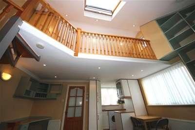1 Bedroom Maisonette Flat for rent in Worcester Park