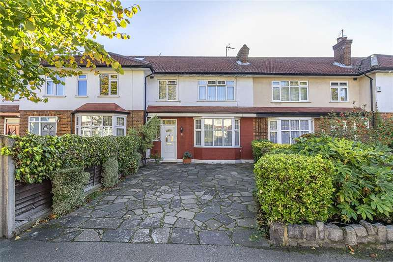 3 Bedrooms Terraced House for sale in Barons Gate, East Barnet, EN4