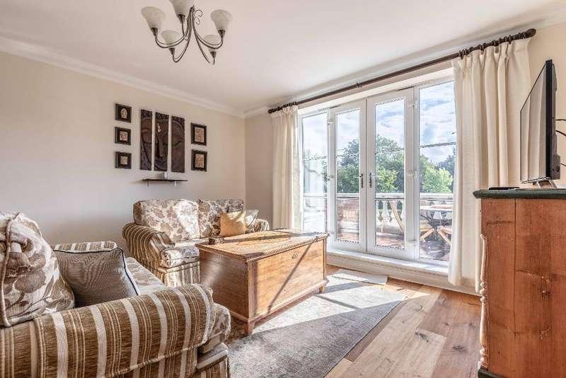 3 Bedrooms Flat for rent in Grand Regency Heights, Ascot, SL5 8FE