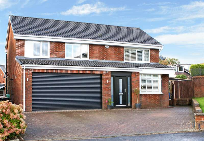 4 Bedrooms House for sale in Great Stones Close, Egerton, Bolton