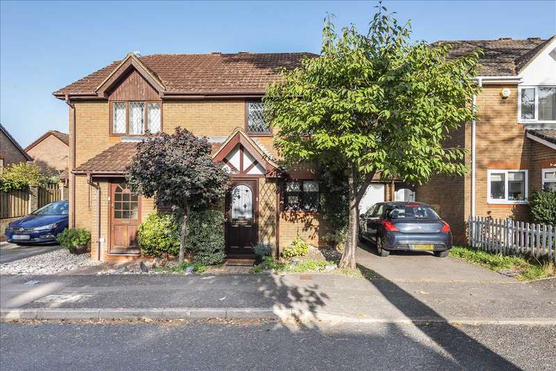 2 Bedrooms Semi Detached House for sale in Mayflower Close, Chineham, Basingstoke