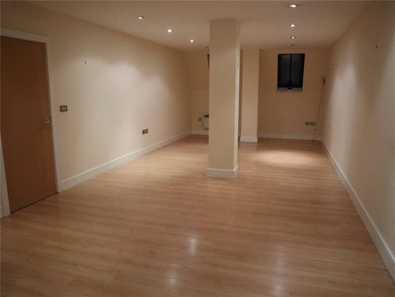 1 Bedroom Apartment Flat for rent in John William Court, John William Street, Huddersfield, HD1