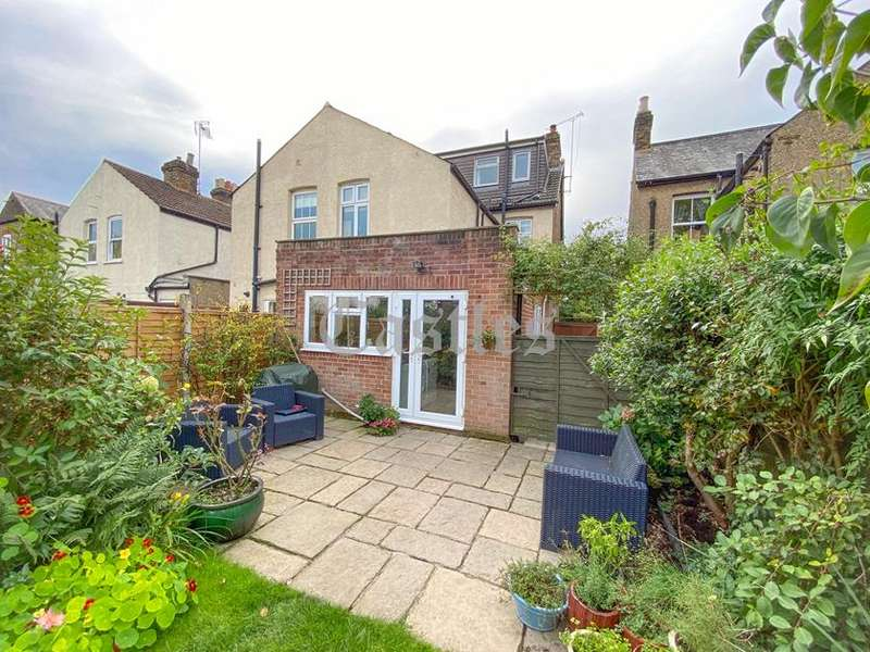 4 Bedrooms Property for sale in Honey Lane, Waltham Abbey, Essex, EN9