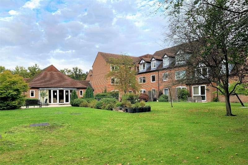 1 Bedroom Retirement Property for sale in High Street, SANDHURST, Berkshire
