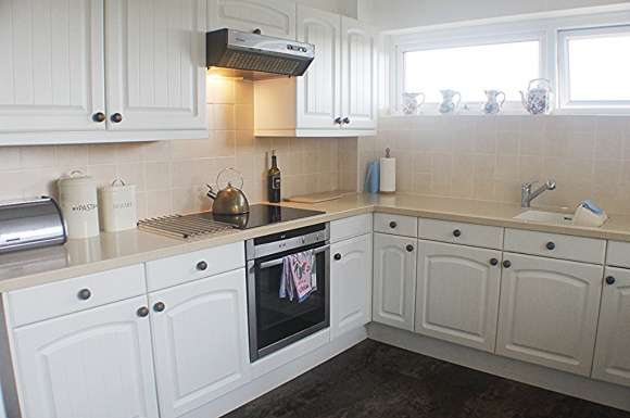 2 Bedrooms Flat for sale in Southwood Road, Hayling Island, PO11