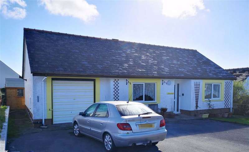 2 Bedrooms Detached Bungalow for sale in CRYMYCH, Pembrokeshire